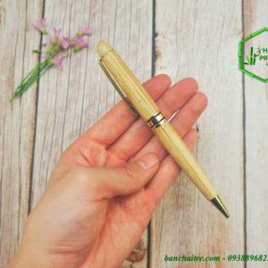 bút bằng tre